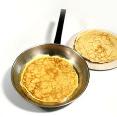 Pancakes- gluten free flour, eggs, oil, milk (use rice)