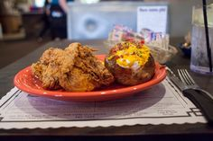 Fried chicken is on the menu at Hammett House #Restaurant along Route66 in Claremore, Oklahoma.