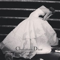 dior Kampagne dior campaign If Its Hip, Its Here: Despite Duo Dior Dress Debacles, Jennifer Lawrence Is Picture Perfect In New Miss Dior Campaign. Jennifer Lawrence Fall, Jenifer Lawrence, Kim E Kanye, Pretty People, Beautiful People, Dior Dress, Vogue, Miss Dior, Glamour