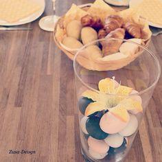 ZUSA-DESIGN | Inspiratie nodig voor je paastafel? Bekijk dan gauw onze tutorial op www.zusa-design.nl Vind in dit filmpje verwijzingen naar andere video's! #diy #wonen #inspiratie #pasen #easter #paastafel #brunch #lunch #aankleding #interieur #tafel #gezellig #feestdagen #decoratie #etagere #kaarsen #onderzetters #eieren #pastel
