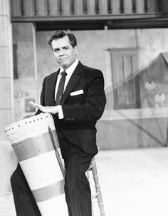 Desi Arnaz... so cute...so womanizing...babbalooo