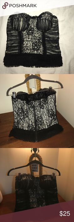 Lace Corset Lace corset! Super cute! Can be paired with a blazer or strapless for a night out! A Staple for your closet. Tops Blouses