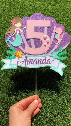 --> Explora mi perfil para descubrir un montón de pines similares a este. Mermaid Theme Birthday, Diy Birthday, Unicorn Birthday, Mermaid Themed Party, Diy Cake Topper, Birthday Cake Toppers, Vintage Cake Toppers, Mermaid Crafts, Mermaid Diy