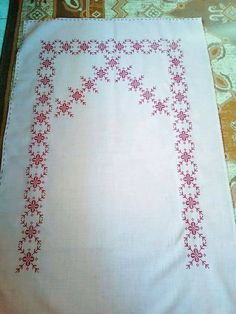 Diy And Crafts, Quilts, Blanket, Model, Cross Stitch, Embroidery, Blankets, Patch Quilt, Quilt