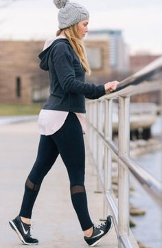 Get top-to-bottom comfort and style with the CALIA™ by Carrie Underwood Women's Texture Meshed Pieced Leggings. Four-way stretch fabric smooths your shape and boosts mobility, while flatlock seams eli Casual Skirt Outfits, Sporty Outfits, Athletic Outfits, Gym Outfits, Camping Outfits, Camping Gear, Trekking Outfit, Look Legging, Jogging Outfit