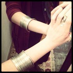 Instagram media by frida.creazioni.verona - #bracciale #bracciali #decorazione #abbellimento #oggetti #metallo #bigiotteria #bijoux  #India #artigianato #handmade #etnico #frida #Verona