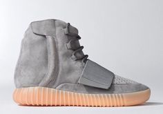 The YEEZY BOOST 750 Light Grey/Gum by Kanye West is his signature footwear model developed with adidas Originals. The sneaker boasts exquisitely developed materials including premium suede and a full Yeezy Boost 750, Yeezy 750, Kanye West, Baskets Yeezy, Gq, Nike Air Mag, Fashion Shoes, Mens Fashion, Vestidos