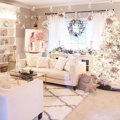 What's white, silver and chic all over? @elpetersondesign's very merry living room is putting us in the christmas spirit (and giving us some major #LTKhome inspiration for next year) | Get ready-to-shop details with www.LIKEtoKNOW.it | www.liketk.it/23fG4 #liketkit