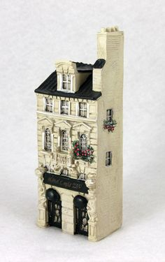 NIB J CARLTON BY GAULT HAND PAINTED FRENCH MINIATURE HOTEL LOUIS XIV BUILDING