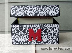 Check out our Custom Recipe boxes at www.2pinkies.com    $25.99