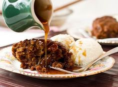Toffee pecan pudding