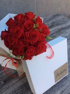 Ramo de novia rosas rojas Arimany Estudi Floral