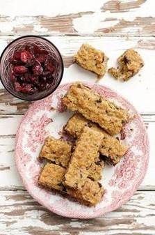 Picture South African Dishes, South African Recipes, My Recipes, Bread Recipes, Cooking Recipes, Recipies, Rusk Recipe, Crispy Cheddar Chicken, All Bran