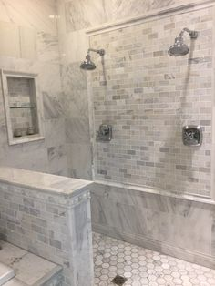 44 Subway Tile Bathroom Ideas that Work in Almost – Marble Bathroom Dreams Best Kitchen Design, Bathroom Renovations, Bathroom Ideas, Budget Bathroom, Bathroom Organization, Shower Ideas, Bathroom Makeovers, Bathroom Inspiration, Restroom Ideas