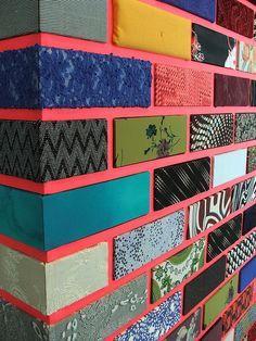 Inspiration- patterns - coloured wall Jim Lambie Exhibit - Gallery of Modern Art, Glasgow Jim Lambie, Deco Cafe, Wall Design, House Design, Design Design, Brick Design, Design Room, Design Ideas, Wal Art