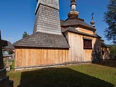 Ladomirová – Chrám sv. Michala Archanjela . Drevené kostoly - Slovakia.travel