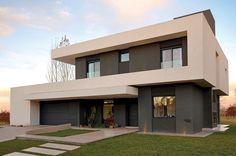 PAVLOFF - REGALINI & Asociados / Estudio de Arquitectura. Más info y fotos en www.PortaldeArquitectos.com Best House Plans, Modern House Plans, Modern House Design, Modern Exterior, Exterior Design, Modern Architects, Dream House Interior, Facade House, Model Homes