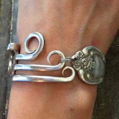 Just Forking Around Bracelet - Braccialetti artigianali - Silver Spoon Jewelry, Fork Jewelry, Silverware Jewelry, Beaded Jewelry, Silver Ring, Soldering Jewelry, Cutlery, Stone Jewelry, Silver Jewellery