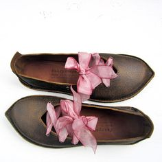 UK 5, CONNIE Shoes 2683. Handmade womens Leather Fairy tale Shoes, by Fairysteps :)