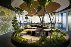 Indeed Office by Specht Architects and The Design Studio - Office Snapshots Corporate Office Design, Design Studio Office, Office Space Design, Office Interior Design, Office Interiors, Design Interiors, Lounge Design, Design Design, Tokyo Design