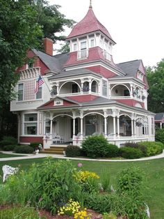 victorian home Torch Lake, Michigan. Ugh, I would LOVE a Victorian house like this ; Victorian Architecture, Beautiful Architecture, Beautiful Buildings, Beautiful Homes, Architecture Design, Pink Houses, Old Houses, Victorian Style Homes, Victorian Houses