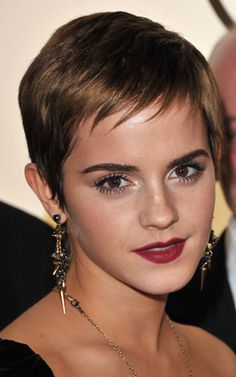 From classic icons to modern muses, these short-haired celebrities prove the versatility of the pixie haircut. Click through to see all the different ways to cut and style a pixie of different hair colors, types, and textures. Edgy Haircuts, Celebrity Haircuts, Short Pixie Haircuts, Haircuts With Bangs, Hairstyles Haircuts, Cool Hairstyles, Haircut Short, Hairstyle Short, Long Pixie Cuts