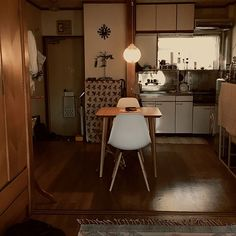Small Apartment Bedrooms, Small Apartment Interior, Kitchen Interior, Room Interior, Interior Design, Japanese Apartment, Cozy Room, Minimalist Bedroom, Room Inspiration