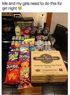 sleepover night Easy DIY Movie Night Food Ideas at Home with the Kids movie night for girlies Sleepover Snacks, Fun Sleepover Ideas, Girl Sleepover, Sleepover Activities, Movie Night Snacks, Movie Night With Kids, Girls Night Food, Night Games, Movie Nights