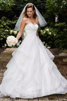 Robe de mariée coupe princesse Wtoo Watters                                                                                                                                                                                 Plus