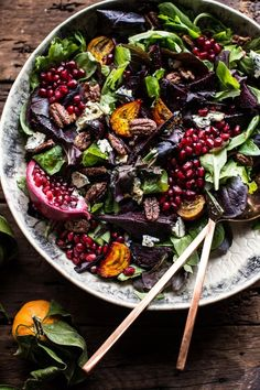 Winter Beet and Pomegranate Salad with Maple Candied Pecans + Balsamic Citrus Dressing #healthy #recipes