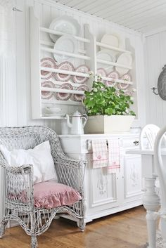 Shabby chic white dining room