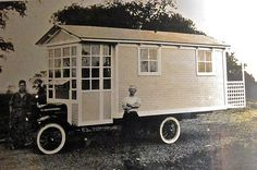 An early r.v. - I'd travel around in this!