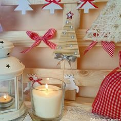 Wykałaczki + klej na gorąco = choinka   #choinka #christmastree #bożenarodzenie #christmas #christmasdecoration #diy #zakochanawsztuce