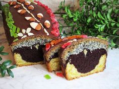 Chec trio cu mac Romanian Desserts, Homemade Cakes, Sweet Treats, Muffin, Cooking Recipes, Breakfast, Easy, Food, Morning Coffee