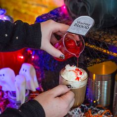 Become everyone's fave mix-master. #Halloween #dolcegusto #VampireBlood