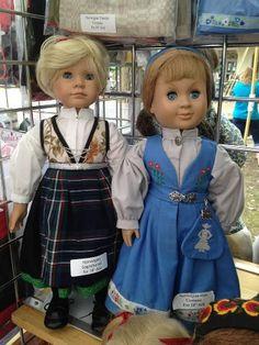 Oslo bunad doll