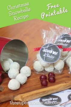 If you're looking for a great homemade Christmas gift this year, this chocolate date snowballs recipe with FREE printable gift tag is just perfect! Free Printable Gift Tags, Free Printables, Homemade Christmas Gifts, Christmas Crafts, Snowballs Recipe, Christmas Neighbor, Family Gifts, Free Food, Diy Crafts