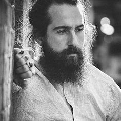 @leedoco #beard #beardgang #beards #beardeddragon #bearded #beardlife #beardporn #beardie #beardlover #beardedmen #model #blackandwhite #beardsinblackandwhite #style 📷 @cidynegao Please all follow @thebeardmag, an online beard magazine dedicated to Lifestyle and Grooming features, plus much more! www.thebeardmag.com