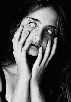 Photos by Toronto-based photographer Robert Gaudette. Expressions Photography, Face Photography, Pose Reference Photo, Drawing Reference Poses, Screaming Girl, Hands On Face, Creepy Faces, Face Drawing Reference, Creepy Photos