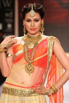Shobha Shringar bridal gold jewellery designs