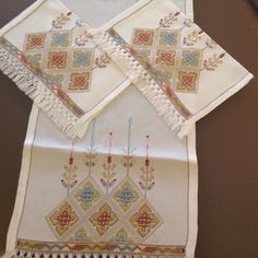 Photo from mimtasarim Lace Embroidery, Embroidery Patterns Free, Cross Stitch Patterns, Embroidery Designs, Drawn Thread, Bargello, Needle And Thread, Cross Stitching, Handicraft