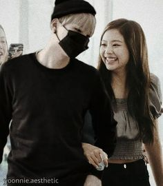 """""""Suga and Jennie arriving at Incheon airport Suga looks like a caring oppa ."""