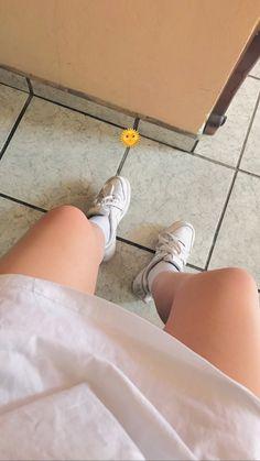 Snap Snapchat, Snapchat Girls, Snapchat Picture, Petty Girl, Snap Girls, Nature Iphone Wallpaper, Hair Png, Leg Pictures, Fake Girls