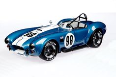 Shelby Cobra 427 S/C Racing version in 1/18 - a beautiful looking Cobra from Kyosho
