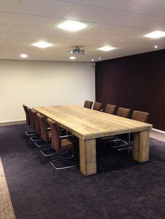 tafel vergader steenhouwers