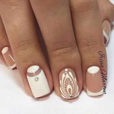 There are nail designs that include only one color, and some that are a combo of several. Some nail designs can be plain and others can represent some interesting pattern. Also, nail designs can differ from the type of nail… Read more › Fancy Nails, Cute Nails, Pretty Nails, Fabulous Nails, Gorgeous Nails, Nail Photos, Manicure E Pedicure, Manicure Ideas, Nail Ideas