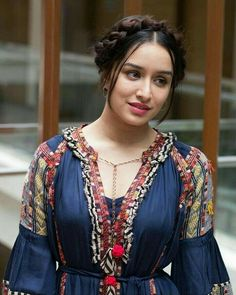 Catch the latest glimpse of Actor Shraddha Kapoor at Bollywood Mummy as she opens up about her personal life. Bollywood Girls, Indian Bollywood, Bollywood Fashion, Bollywood Masala, Beautiful Bollywood Actress, Beautiful Indian Actress, Beautiful Actresses, Indian Celebrities, Bollywood Celebrities