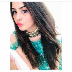 Cute Emo Girls, Cute Girl Poses, Cute Girl Photo, Beautiful Suit, Beautiful Girl Photo, Beautiful Girl Indian, Stylish Girls Photos, Stylish Girl Pic, Cool Girl Pictures