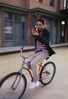 Robert Downey Jr #cycling #handgun