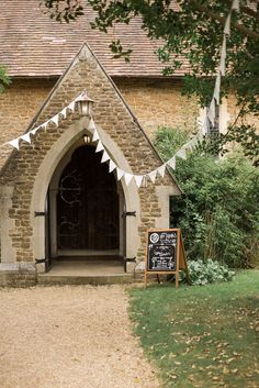 Luke's Church wedding ceremony in Guilford - this wedding ceremony location is amazing!